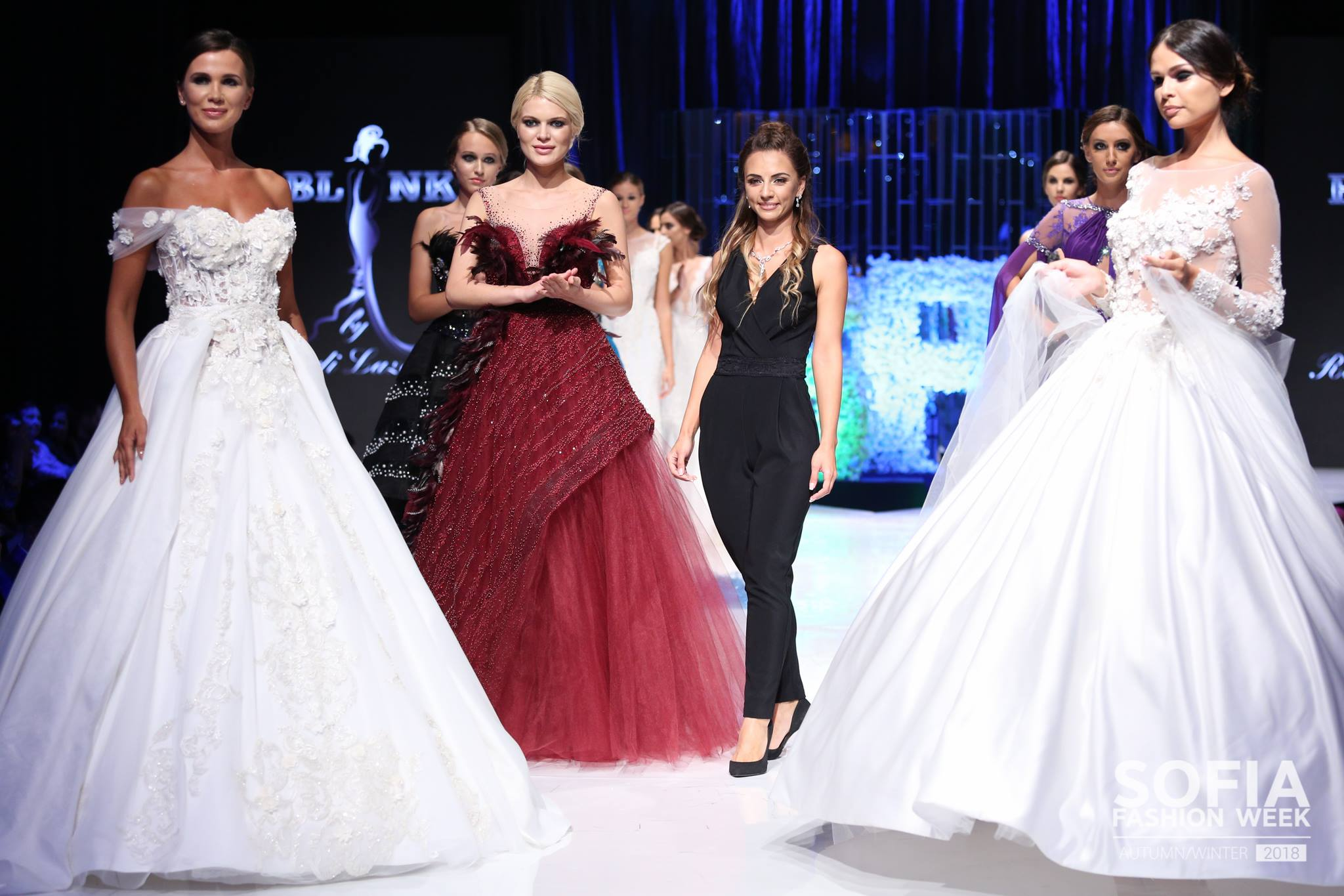 Дизайнерката Ради Лазарова и колеция Womanity Prom на сцената на Sofia Fashion Week есен-зима 2018